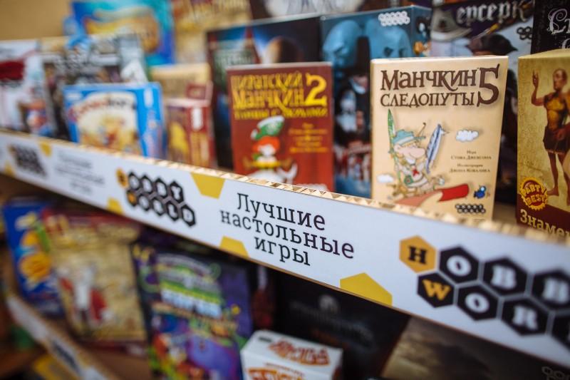 Ежегодно Hobby World выпускает около 1 млн копий настольных игр, 70% из них—локализованные зарубежные бестселлеры.
