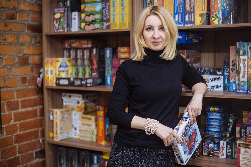 Наталья Супрунюк, директор по маркетингу Hobby World, продвигает бренд издательства на российском и зарубежном рынках.