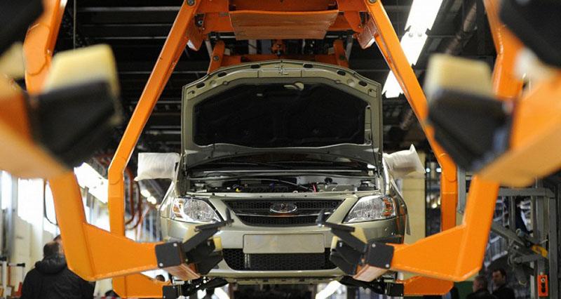 У всех крупных автопроизводителей есть финансовые подразделения, предлагающие своим клиентам возможность покупки автомобилей на специальных условиях: в кредит, лизинг, по схеме trade-in. Фото: Соллерс-Финанс